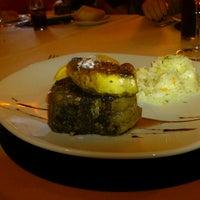 Foto tomada en Restaurante Casa Mijhaeli por FranCa el 10/26/2013