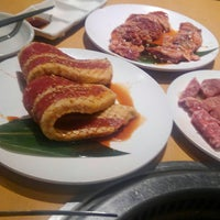Photo taken at 焼肉きんぐ 月見町店 by 内鉄 on 9/23/2017