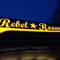 Das Foto wurde bei Rebel Room von Marat D. am 3/23/2014 aufgenommen