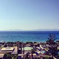 Снимок сделан в Sheraton Rhodes Resort пользователем Marat D. 6/12/2014