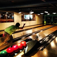 Photo taken at Bloomsbury Bowling Lanes by Peter M. on 7/8/2013