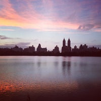 Photo prise au Jacqueline Kennedy Onassis Reservoir par Tony A. le10/19/2012