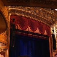 6/24/2013 tarihinde Cheryl N.ziyaretçi tarafından Warner Theatre'de çekilen fotoğraf