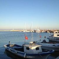 Photo taken at Küçükkuyu Plajı by Tuğrul Çağrı A. on 2/20/2013