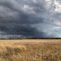 Foto tomada en Tempelhofer Feld por Matthias A. el 8/14/2018