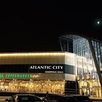 Photo taken at Скамейки у Атлантика by juliuya k. on 12/1/2014