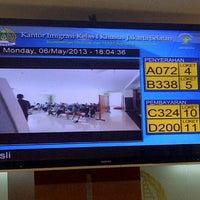 Photo taken at Kantor Imigrasi Kelas 1 Khusus Jakarta Selatan by Love Re on 5/6/2013