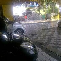 Photo taken at Prima Mandiri Service - Car Wash by Love Re on 9/2/2015