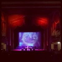 10/13/2013 tarihinde Joy A.ziyaretçi tarafından The Lincoln Theatre'de çekilen fotoğraf