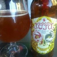 Foto tomada en La Casa de la Cerveza por Wendell W. el 7/13/2013
