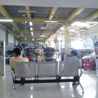 Photo taken at Honda Soekarno Hatta by Irwan Y. on 6/7/2014