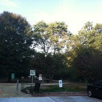 รูปภาพถ่ายที่ Shaffner Park โดย Jessica H. เมื่อ 10/5/2013