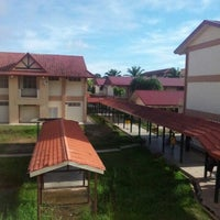 Photo taken at SMK Bandaraya (SMK Menggatal) by Zul E. on 11/6/2012