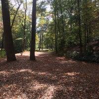 Das Foto wurde bei Perkerson Park von Charles T. am 10/27/2016 aufgenommen