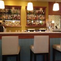 Photo taken at Le Vin Bistro e Patisserie by Luiz B. on 10/23/2012