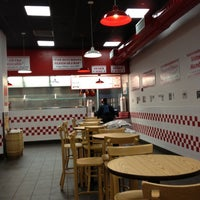 Photo taken at Five Guys by Luiz B. on 11/13/2012