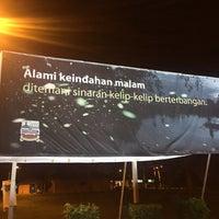 Photo taken at Kg. Kuantan Fireflies Park by Reiko L. on 8/17/2017