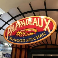 Photo taken at Pappadeaux Seafood Kitchen by Michel C. on 6/16/2013