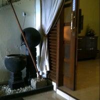 Photo taken at Aluna Home Spa (ex. Bala Bale Spa) by Vira D. on 4/22/2013