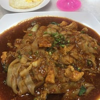 Photo taken at Restoran Singgah D'Klasik by lidia m. on 2/27/2017