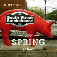Photo taken at South Street Smoke House by Francisco P. on 4/22/2015