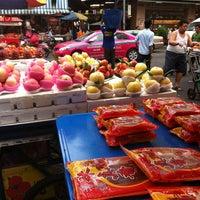 Photo taken at Yaowarat Market by Ruck R. on 2/3/2013