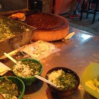 Photo taken at Tacos Roman by Manu V. on 3/30/2015