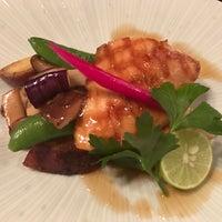 Photo taken at Donguri Restaurant by Parastou M. on 10/23/2016