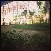 Foto tirada no(a) Boulevard Londrina Shopping por Robson R. em 5/26/2013
