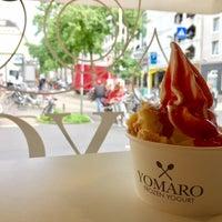Photo taken at YOMARO Frozen Yogurt by Claudio on 9/30/2017