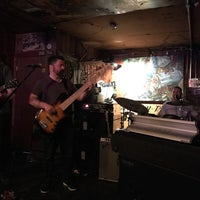 Photo taken at Blue Moon Tavern by FunkCaptMax on 1/31/2017