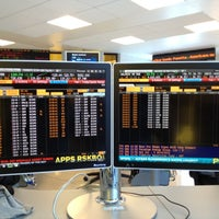 Photo taken at Financial Trading Room by Humberto on 10/5/2012