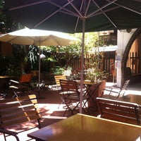 Photo taken at Rieng Mot Goc Troi Coffee by Дмитрий С. on 3/16/2014