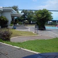 Photo taken at ATLANTIS swimming pool by Apriza Putra رمظان (. on 3/17/2013