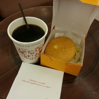 Photo taken at J.Co Donuts & Coffee by Aay on 10/3/2014