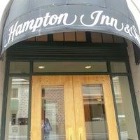 Photo taken at Hampton Atlanta Downtown by Augie on 3/17/2013