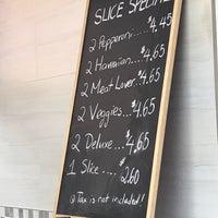 Photo prise au Lugano 2 For 1 Pizza par Shane K. le3/25/2018