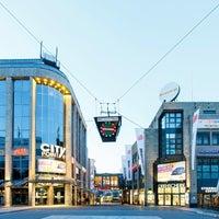 Das Foto wurde bei City-Point von ece projektmanagement co kg am 8/13/2016 aufgenommen