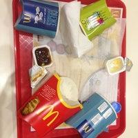 Снимок сделан в McDonald's пользователем Lisa C. 3/13/2013