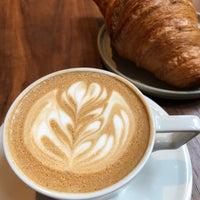Das Foto wurde bei PAPER coffee von Baruch O. am 10/2/2018 aufgenommen