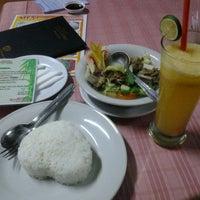 Photo taken at Restoran Taman Pringjajar by Muh. S. on 5/4/2014
