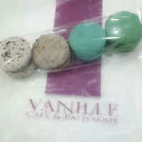 Photo taken at Vanille Cafe & Patisserie by Bienar Ana C. on 6/27/2013