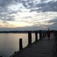 Photo taken at ဦးပိန် တံတား U Bein Bridge by Will on 12/2/2012