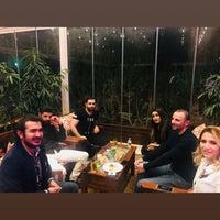 2/16/2018 tarihinde Ruken R.ziyaretçi tarafından Cratos Nargile Café'de çekilen fotoğraf