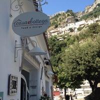 8/11/2013 tarihinde Carmenziyaretçi tarafından Casa e Bottega'de çekilen fotoğraf