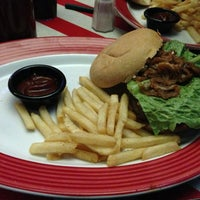Photo taken at T.G.I. Friday's by MT on 7/29/2013