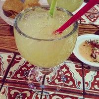 รูปภาพถ่ายที่ Azteca Mexican Restaurant โดย Liz S. เมื่อ 2/9/2013