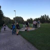 Das Foto wurde bei Siltamäen Rantapuisto von Aapo R. am 8/10/2017 aufgenommen