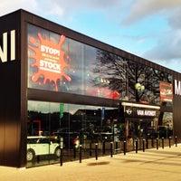 Photo taken at MINI Store Van Avondt Leuven by Wouter D. on 12/10/2014