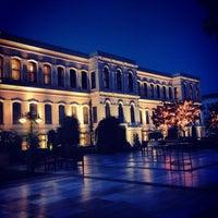 10/30/2013 tarihinde Esra K.ziyaretçi tarafından Four Seasons Hotel Bosphorus'de çekilen fotoğraf